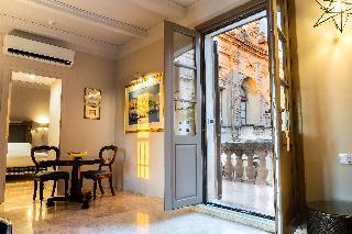 http://photos.hotelbeds.com/giata/14/147729/147729a_hb_ro_194.jpg