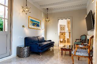 http://photos.hotelbeds.com/giata/14/147729/147729a_hb_ro_197.jpg