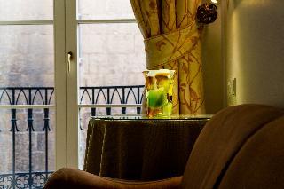 http://photos.hotelbeds.com/giata/14/147729/147729a_hb_ro_207.jpg