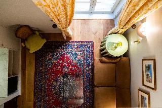 http://photos.hotelbeds.com/giata/14/147729/147729a_hb_ro_211.jpg