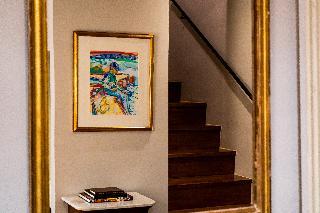 http://photos.hotelbeds.com/giata/14/147729/147729a_hb_ro_212.jpg