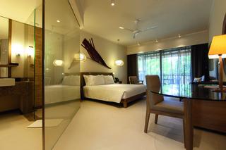 http://photos.hotelbeds.com/giata/14/148348/148348a_hb_ro_002.jpg