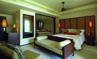 http://photos.hotelbeds.com/giata/14/148348/148348a_hb_ro_008.jpg