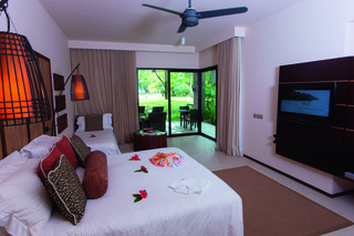 http://photos.hotelbeds.com/giata/14/148348/148348a_hb_ro_009.jpg