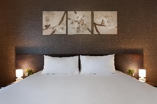 http://photos.hotelbeds.com/giata/14/148512/148512a_hb_ro_025.jpg