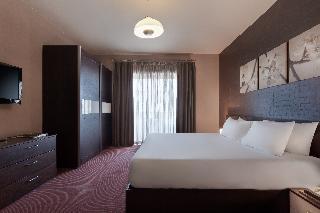 http://photos.hotelbeds.com/giata/14/148512/148512a_hb_ro_027.jpg