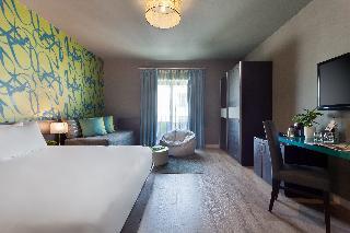 http://photos.hotelbeds.com/giata/14/148512/148512a_hb_ro_037.jpg