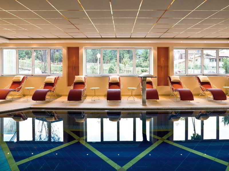 Family and Spa Hotel Alpenpark - Pool