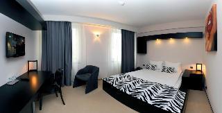 http://photos.hotelbeds.com/giata/15/151417/151417a_hb_ro_003.jpg