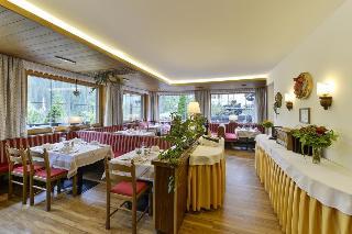 Hotels in Austrian Alps: Alpenhof Hotel