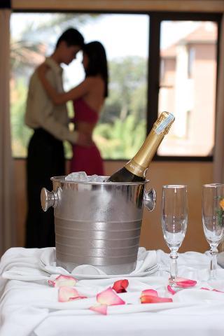 http://photos.hotelbeds.com/giata/15/154803/154803a_hb_ro_023.jpg