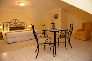 http://photos.hotelbeds.com/giata/15/154803/154803a_hb_ro_029.JPG