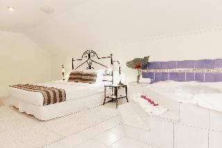 http://photos.hotelbeds.com/giata/15/154803/154803a_hb_ro_043.JPG