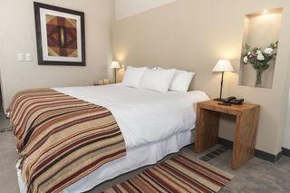 http://photos.hotelbeds.com/giata/15/155722/155722a_hb_ro_009.jpg