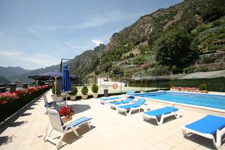 Pyrénées - Pool
