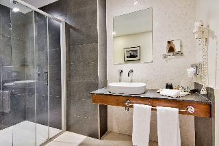 http://photos.hotelbeds.com/giata/16/164025/164025a_hb_ro_022.jpg