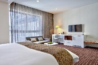 http://photos.hotelbeds.com/giata/16/164025/164025a_hb_ro_023.jpg
