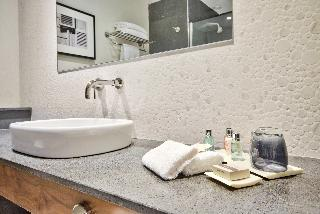 http://photos.hotelbeds.com/giata/16/164025/164025a_hb_ro_037.jpg