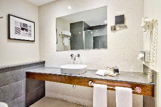 http://photos.hotelbeds.com/giata/16/164025/164025a_hb_ro_061.jpg