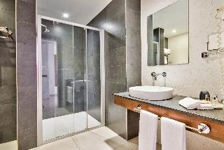 http://photos.hotelbeds.com/giata/16/164025/164025a_hb_ro_067.jpg