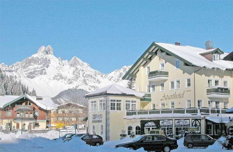 Jagdhof Und Nebenhaus - Generell