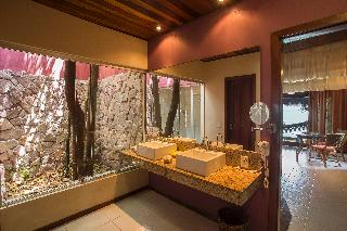 http://photos.hotelbeds.com/giata/16/164435/164435a_hb_ro_035.jpg