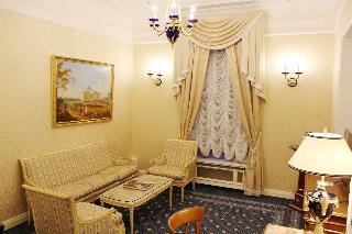 http://photos.hotelbeds.com/giata/16/164488/164488a_hb_ro_109.jpg