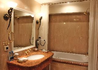 http://photos.hotelbeds.com/giata/16/164488/164488a_hb_ro_118.jpg