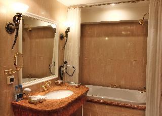 http://photos.hotelbeds.com/giata/16/164488/164488a_hb_ro_119.jpg