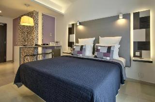 http://photos.hotelbeds.com/giata/16/164615/164615a_hb_ro_031.jpg