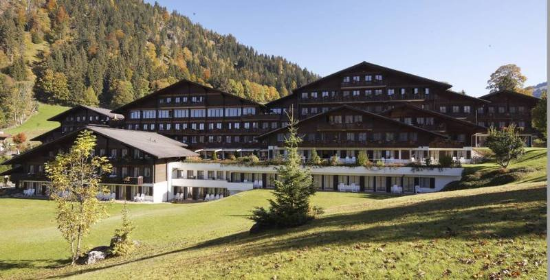 HUUS Hotel GstaadSaanen in Swiss Alps Bookerclub