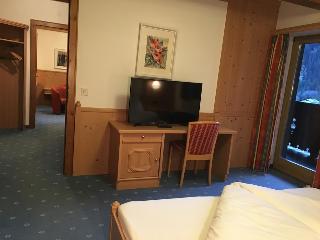 Hotels in Austrian Alps: Karl Schranz