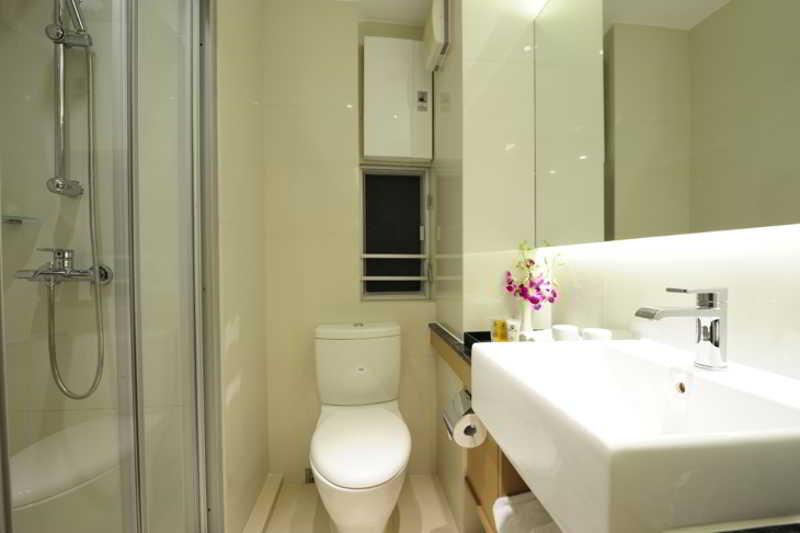 http://photos.hotelbeds.com/giata/17/173269/173269a_hb_ro_003.jpg