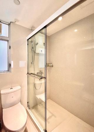 http://photos.hotelbeds.com/giata/17/173269/173269a_hb_ro_013.jpg