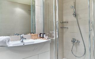 http://photos.hotelbeds.com/giata/17/173508/173508a_hb_ro_031.jpg