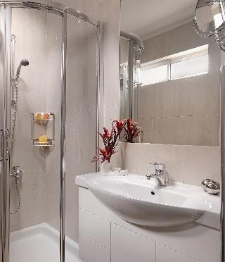 http://photos.hotelbeds.com/giata/17/173508/173508a_hb_ro_044.jpg