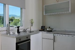 http://photos.hotelbeds.com/giata/17/173508/173508a_hb_ro_055.JPG