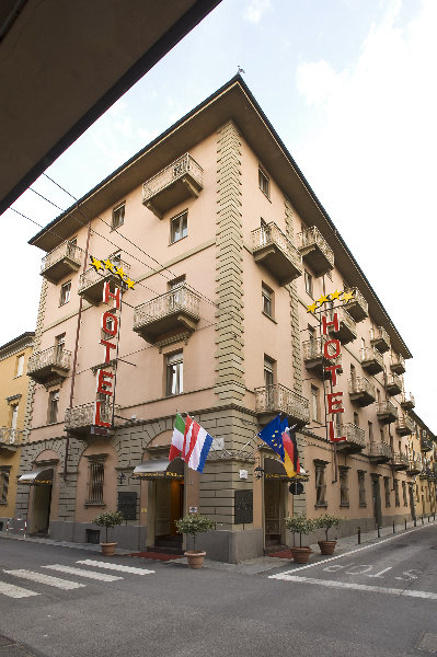 Hotel langhe alba desde 98 rumbo for Boutique hotel langhe