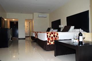 http://photos.hotelbeds.com/giata/18/182609/182609a_hb_ro_024.JPG