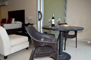 http://photos.hotelbeds.com/giata/18/182609/182609a_hb_ro_031.JPG