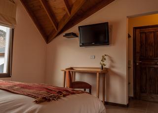 http://photos.hotelbeds.com/giata/18/185572/185572a_hb_ro_005.jpg
