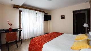 http://photos.hotelbeds.com/giata/18/185572/185572a_hb_ro_013.jpeg