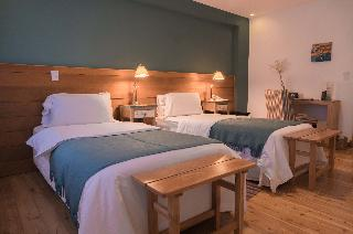 http://photos.hotelbeds.com/giata/18/185670/185670a_hb_ro_006.jpg