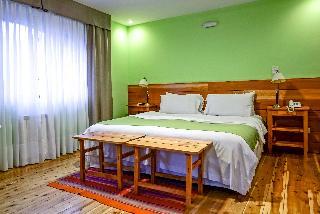 http://photos.hotelbeds.com/giata/18/185670/185670a_hb_ro_007.jpg