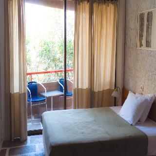 http://photos.hotelbeds.com/giata/18/186071/186071a_hb_ro_015.jpg