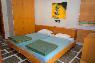 http://photos.hotelbeds.com/giata/18/186071/186071a_hb_ro_058.jpg
