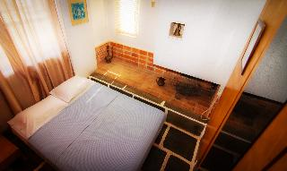 http://photos.hotelbeds.com/giata/18/186071/186071a_hb_ro_061.jpg