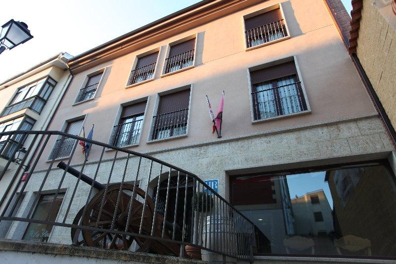 Hotel la bodega ciudad rodrigo salamanca for Hotel la bodega