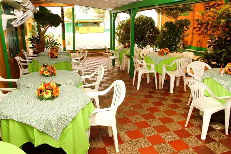 Tres Casitas Welcome - Restaurant