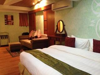 http://photos.hotelbeds.com/giata/18/189822/189822a_hb_ro_040.JPG